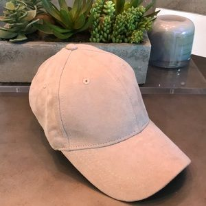 LIGHT PURPLE SUEDE HAT